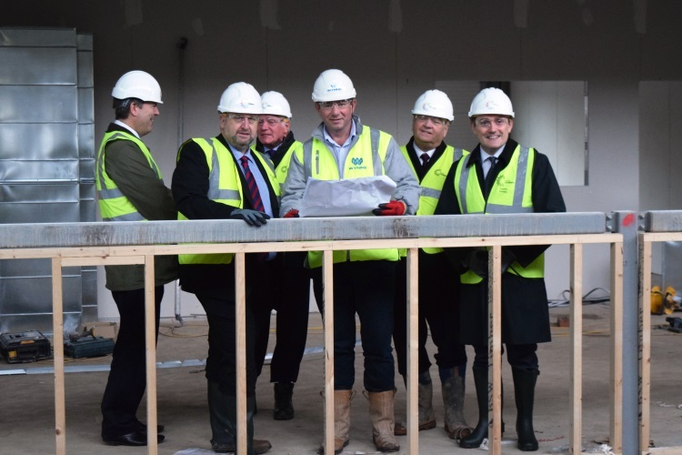November 2015 - Site visit by Minister Carl Sargeant and David Jones OBE