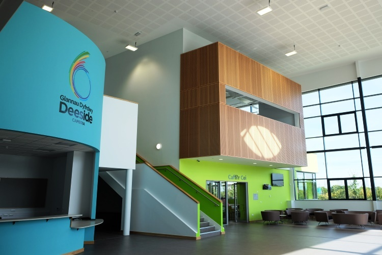 Deeside Sixth Form Centre: Deeside