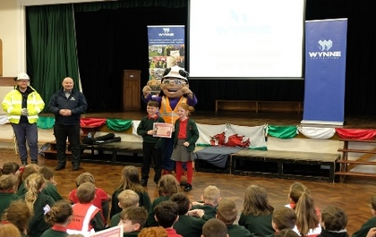 Wynne Construction teams up with Considerate Constructors to help school pupils stay safe